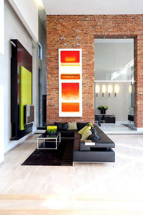 Tập trung một vài nguồn ánh sáng nhấn dành cho tác phẩm nghệ thuật, các vật trưng bày sang trọng… bằng cách sử dụng đèn ốp tường hay đèn pha tiêu điểm.